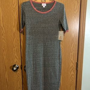 LuLaRoe Dresses - LuLaRoe XS Julia Dress